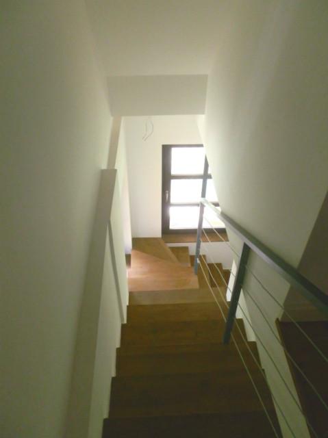 Lépcsőház előtte