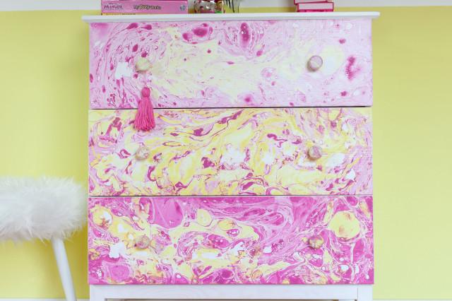 Marbled dresser