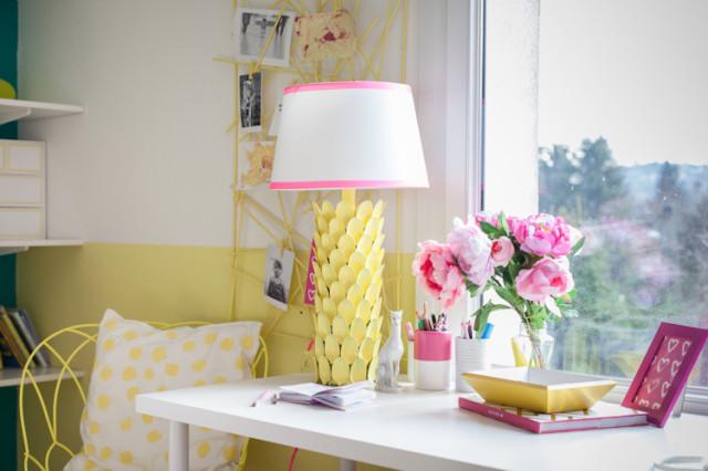 DIY lámpa műanyag kanalakból  /  Kicsiház