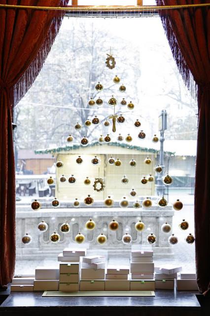 gerbeaud karácsonyi ablakdekor