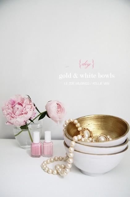 Az arany sprayfesték dícsérete / Kicsiház