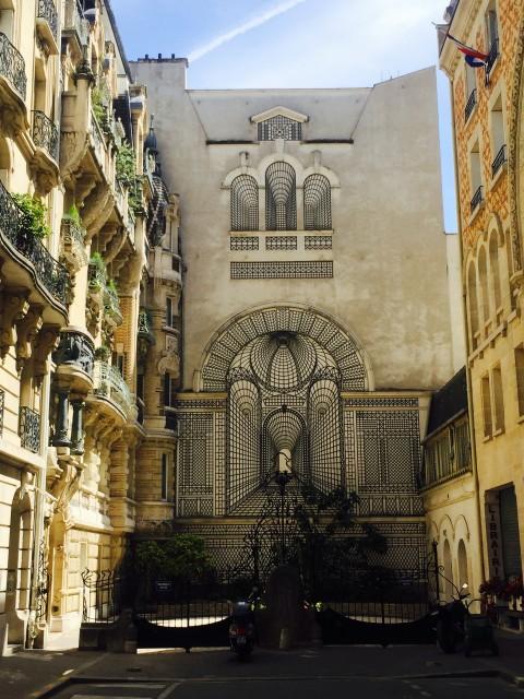 Párizs gyerekekkel / Kicsiház
