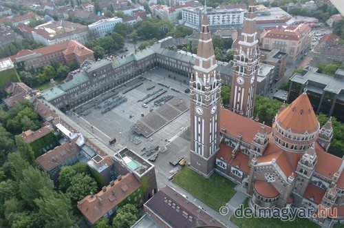 Szegedre látogatni / Kicsiház