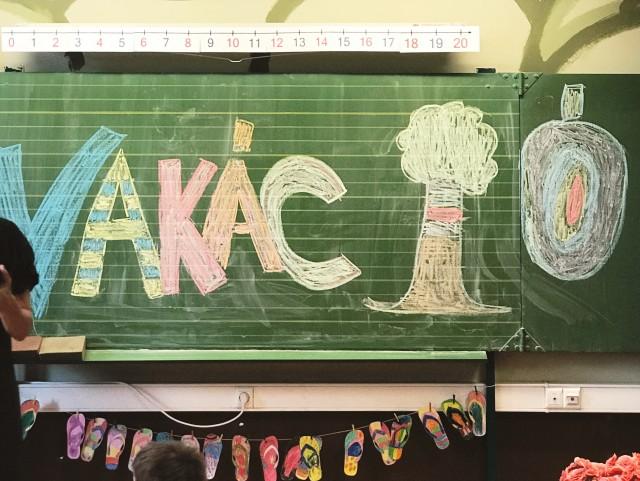 http://akicsihaz.hu/2017/06/a-legjobb-konyvek-a-nyarra-9-12-eves-gyerekeknek.html