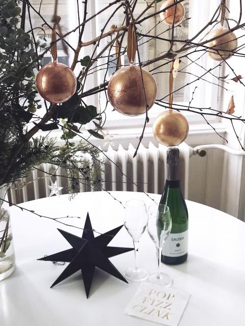 DIY irizáló, csillámló, márványos karácsonyfadísz / Kicsiház