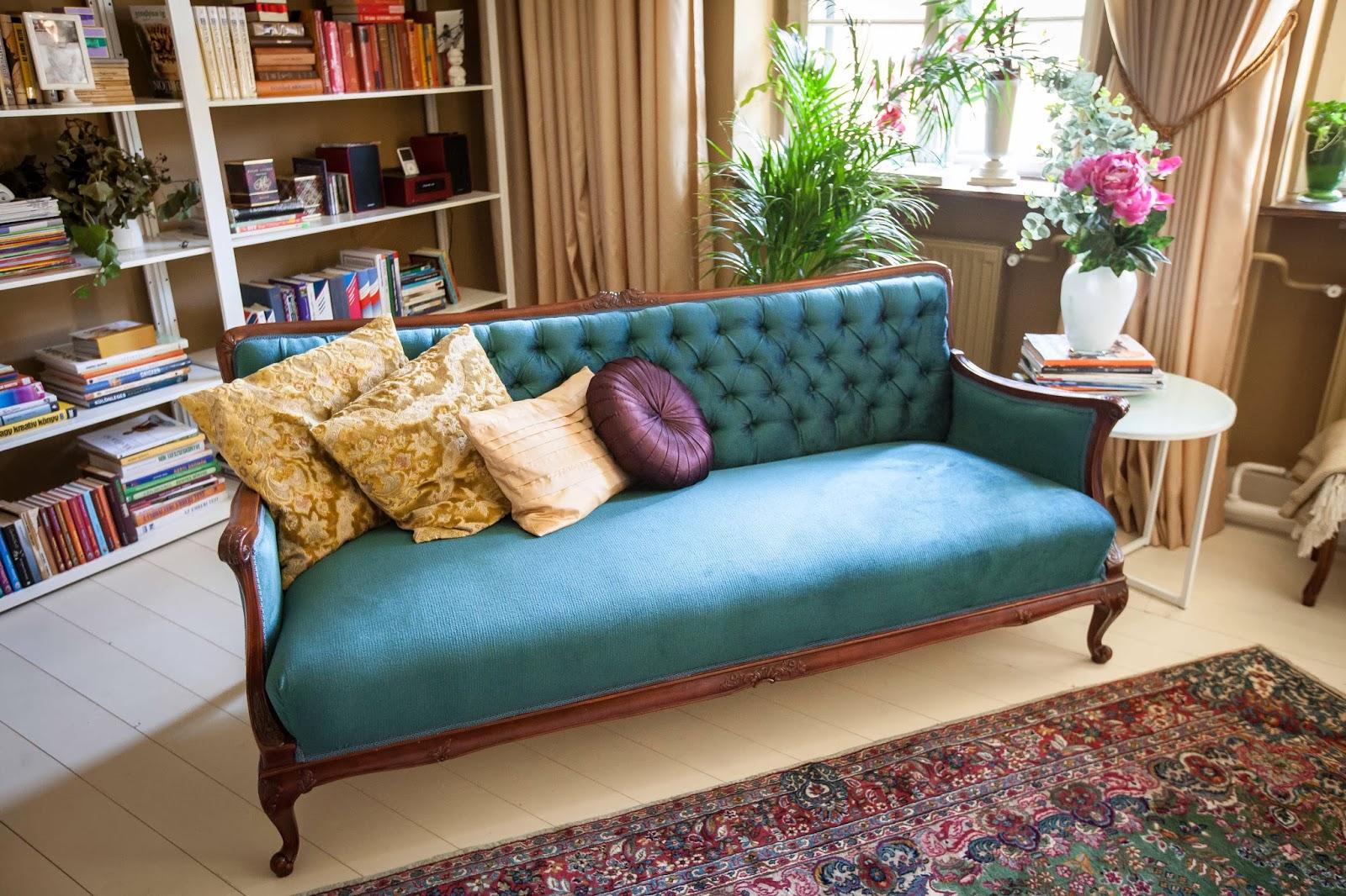 Antik kanapé felújítva